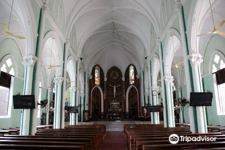 Nha thờ Huyen Sĩ Catholic Church