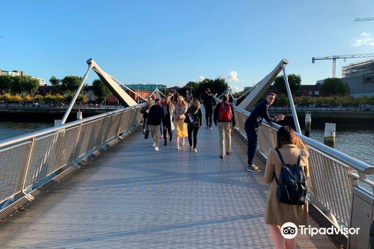 Millenium Bridge2
