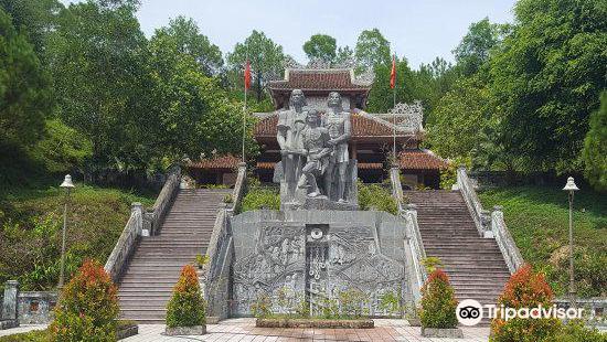 Historial Monument Chin Ham