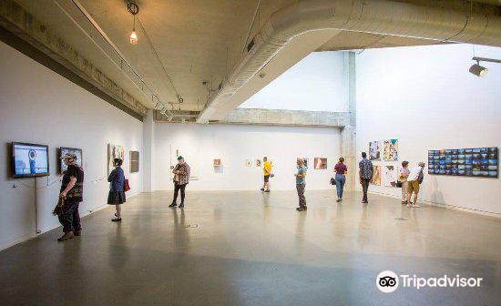 Urban Institute for Contemporary Art4