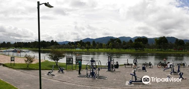 セントラル・シモン・ボリバル公園1