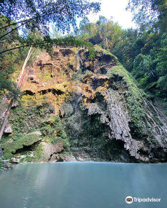 Tumalog Falls4