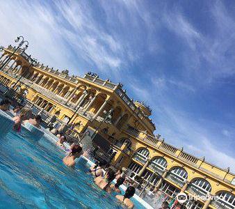 賽錢尼浴場&泳池
