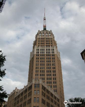 Tower Life Building4