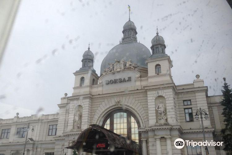 Lviv Railway station4