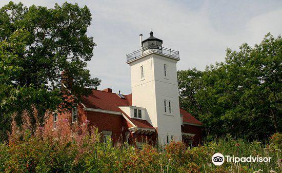40 Mile Point Lighthouse