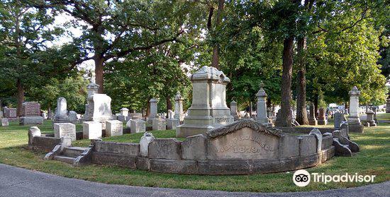 Evergreen Memorial Cemetery3