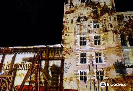 La Mal Coiffee - Castle des Ducs de Bourbon La Mal Coiffee - Chateau des Ducs de Bourbon