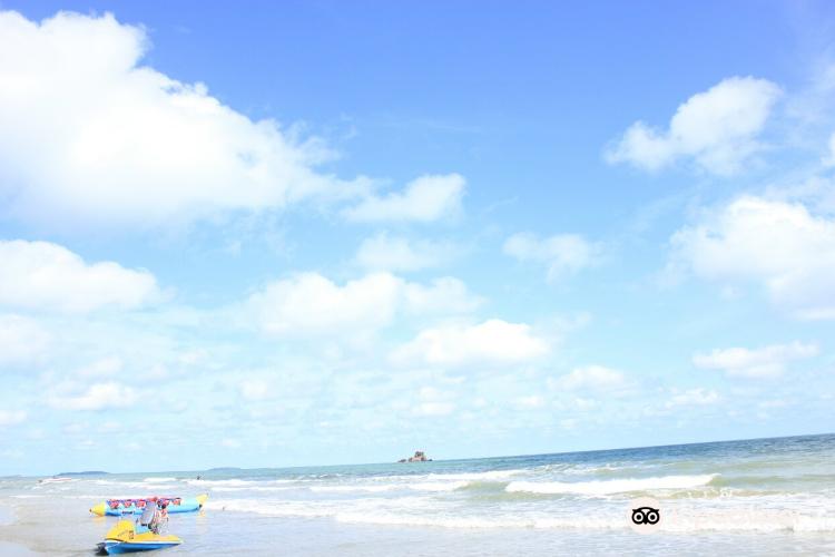 Laem Mae Phim beach4