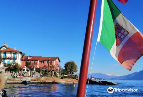 Island of the Fishermen (Isola dei Pescatori)