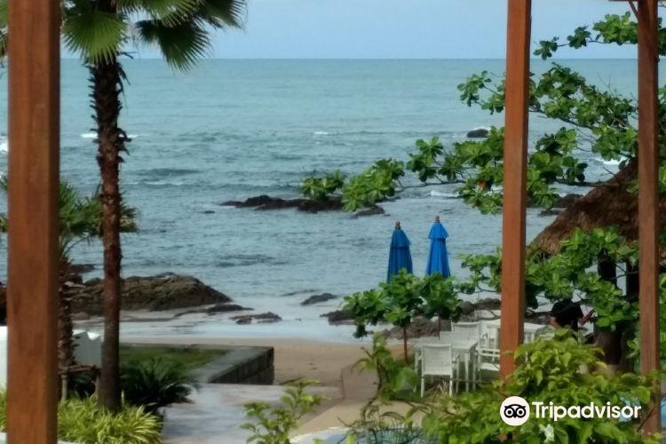 Nang Thong Beach1