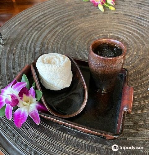 Hat Hua Hin Neua1