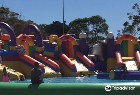 Water Wild Inflatable Fun Park