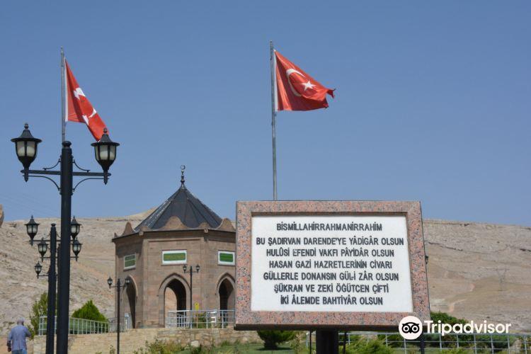 Hasan Gazi Turbesi3
