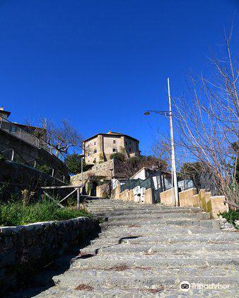 Castello Farnese1
