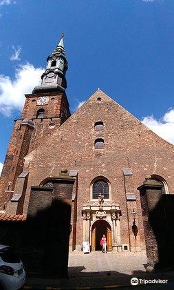 Sankt Petri Kirke Og Gravkapeller2