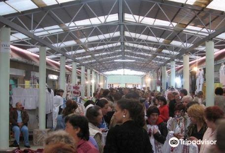 Night Vyshyvanka Market 'Torgovitsa'