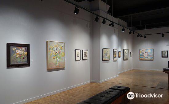 Harris Harris Gallery3