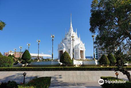 Surat Thani City Pillar Shrine