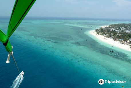 Zanzibar Parasailing