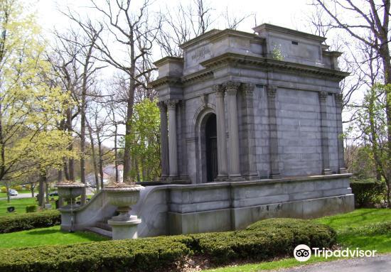 Oakwood Cemetery3