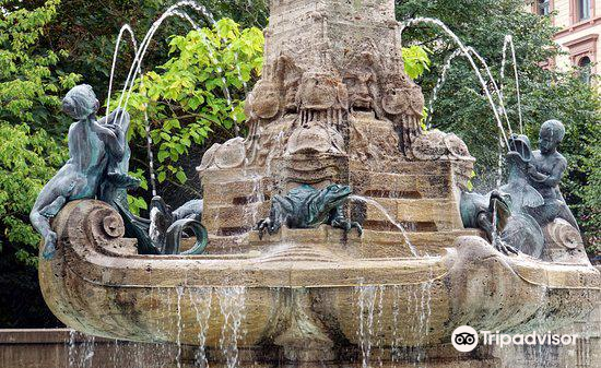 Marchenbrunnen - fountain of fairy tales4