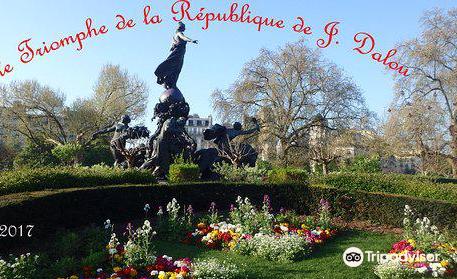 La Sculpture Le Triomphe de la Republique
