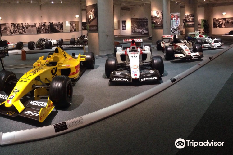 Honda Collection Hall2