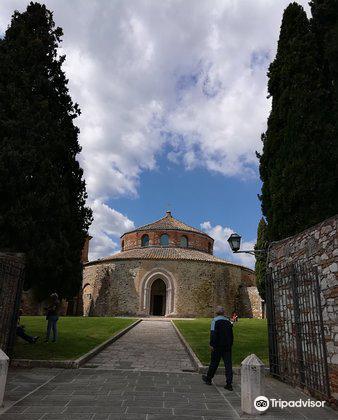 Tempio di Sant'Angelo - Chiesa di San Michele Arcangelo3