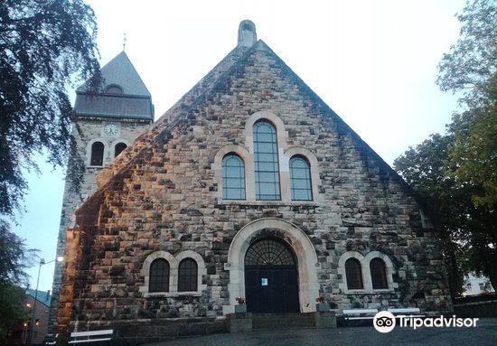 Aalesund Church4