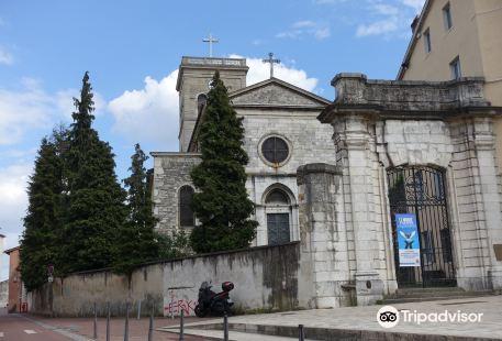 eglise Saint-Irenee
