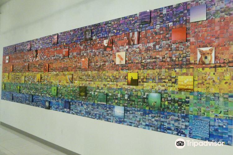 Polaroid Fotobar and Museum1