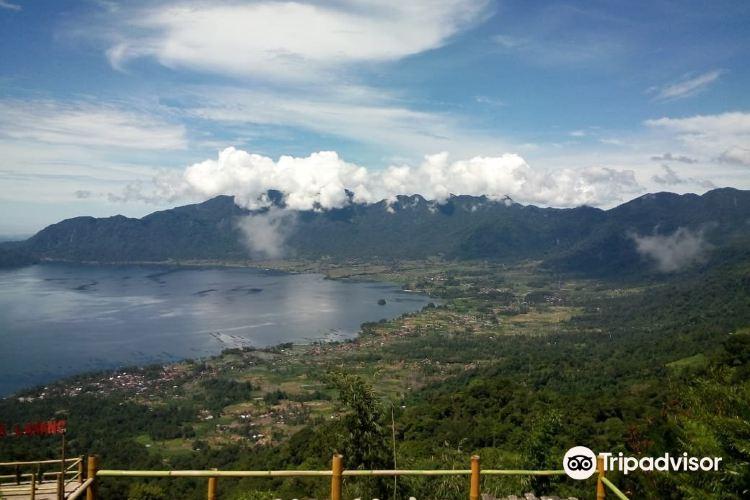 Lake Maninjau3