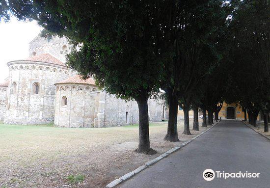 Basilica romanica di San Piero a Grado4