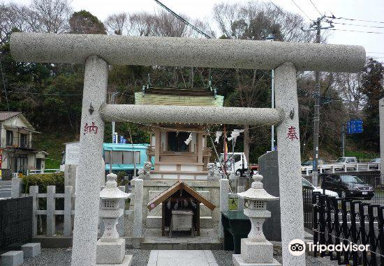 Mtokoumon Shrine3
