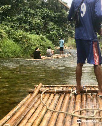 Sutin Group Bamboo Rafting1