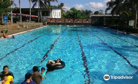 Suruh Recreational Park & Bath