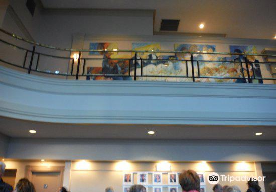 Royal Theatre3