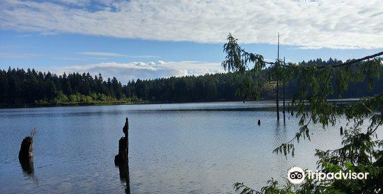 Westwood Lake Park2