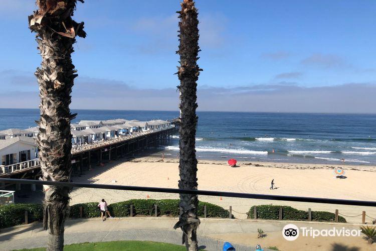 The Promenade at Pacific Beach3