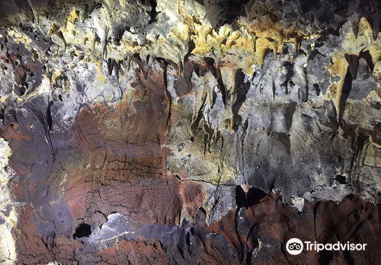 Kula Kai Caverns2