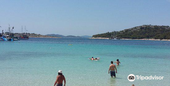 Beach Slanica4