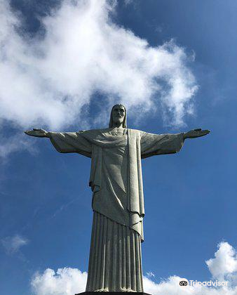 Christ the Redeemer Statue1