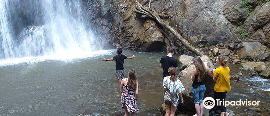 Khun Korn Waterfall3
