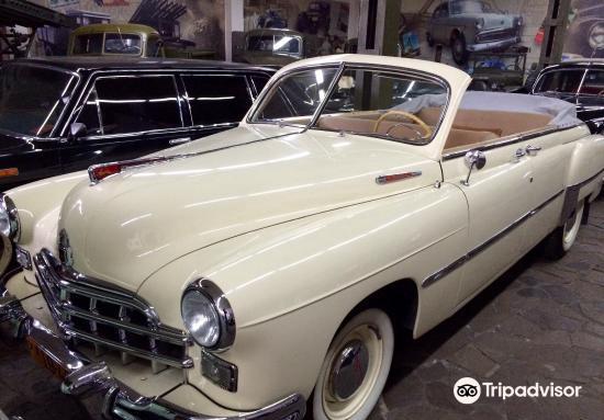 Faeton Retro Cars Museum3