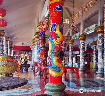 Chao Pho Khao Yai Shrine