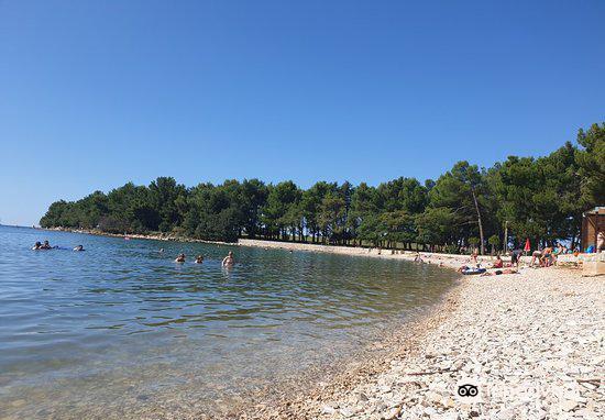 Pinesta Beach1