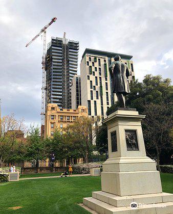 Sir Walter Watson Hughes Statue4