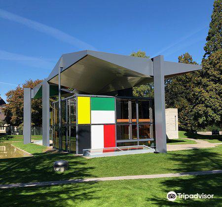 Le Corbusier House4