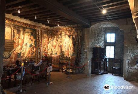 Chateau de Couches